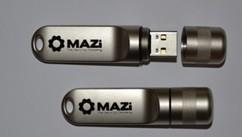 16Gb USB 2.0 pendrive IP66 védettségű házban. Króm ház, 100m-ig vízálló